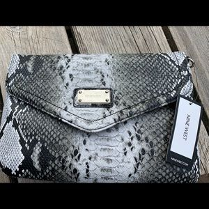 Nine West Snakeskin purse  New with Tag!